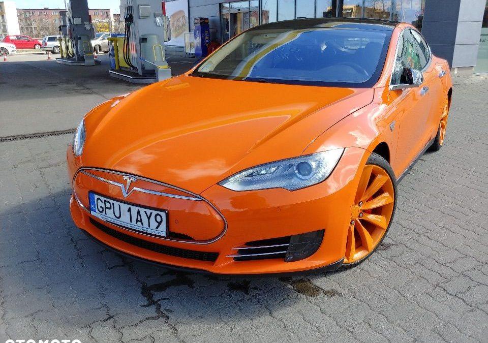 Tesla Model S 2014r